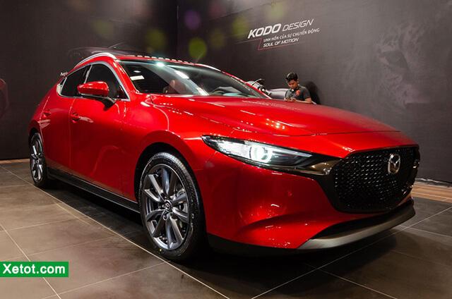 1 2 - Chi tiếtMazda3 1.5L Luxury 2021 - Đối đầu sòng phẳng với Toyota Altis