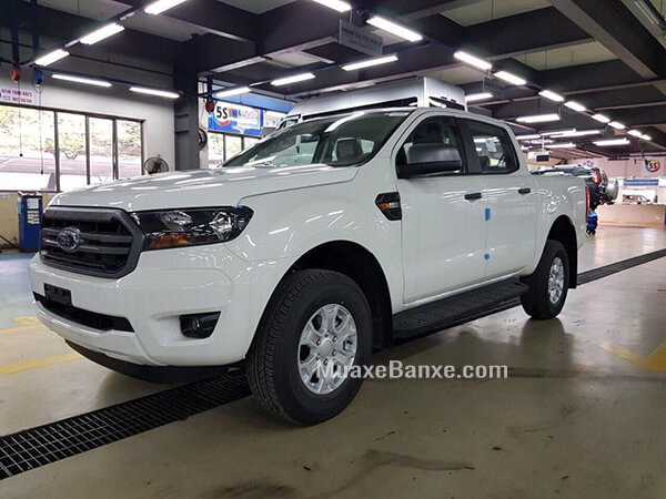1 4 - Chi tiết Ford Ranger XLS 2.2L 4X2 MT 2021 - Bán tải giá rẻ mà mạnh mẽ