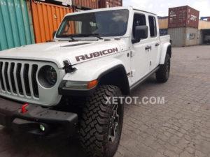 10 1 300x225 - Chi tiết xe bán tải Jeep Gladiator Rubicon 2021 - offroad mạnh mẽ đáng gờm