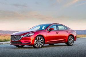 """15 3 300x200 - Đánh giá xe Mazda6 2021 Deluxe - """"gương mặt vàng"""" trong làng sedan hạng D, giá chỉ tầm 800 triệu đồng"""