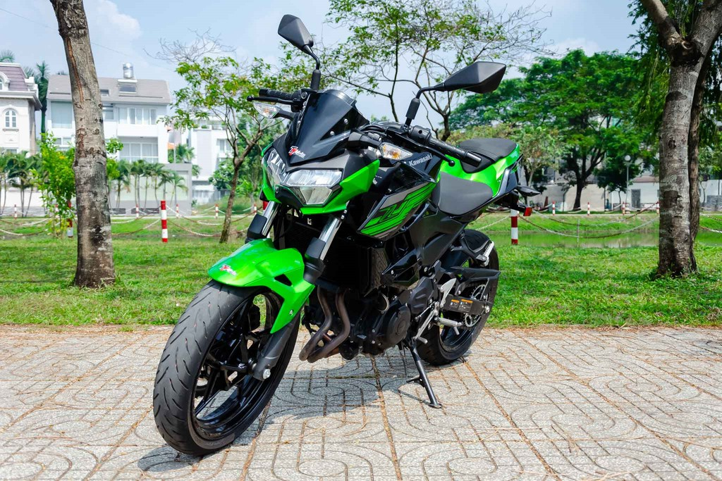 5 1 - Đánh giá Kawasaki Z400 2021: Naked bike trẻ trung đối đầu Honda CB300R
