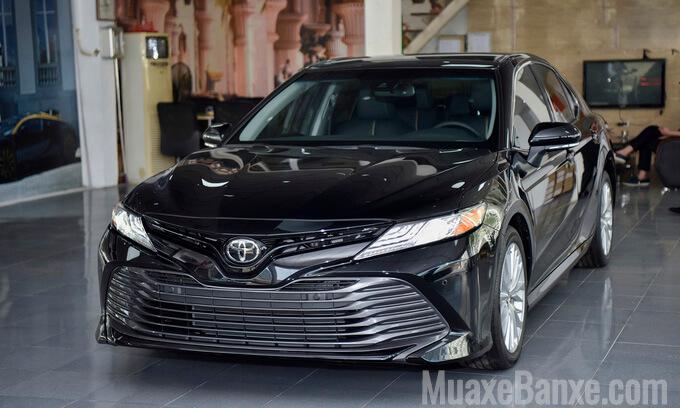 """5 4 - Đánh giá Toyota Camry 2021 nhập Mỹ, Sứ mệnh của một """"con chiến mã"""""""