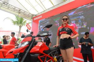 7 300x200 - Đánh giá Ducati Hypermotard 950 2021, Hàng loạt cải tiến cả bên trong lẫn bên ngoài