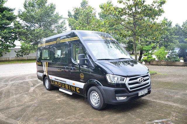 8 3 - Chi tiết xe Hyundai Solati Limousine - Xe khách đạt chuẩn thương gia