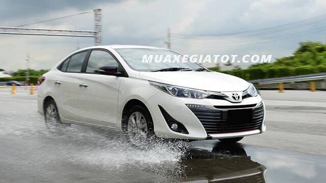 """10 2 - Chi tiết xe Toyota Vios 1.5G CVT - Tinh hoa của """"vua giữ giá"""""""