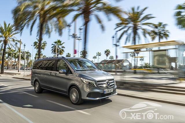 """18 - Mercedes Benz V-Class 2021 - """"Siêu sao"""" sáng giá trong phân khúc MPV hạng sang tại Việt Nam"""