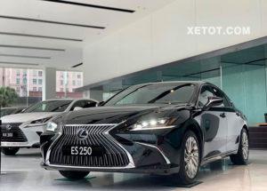 2 3 300x215 - Đánh giá xe Lexus ES 250 2021, Đối thủ đáng gờm của Mercedes E-Class