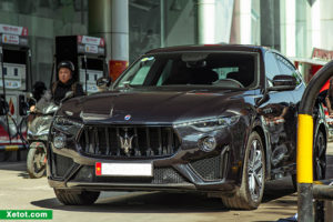2 8 300x200 - Chi tiết xe Maserati Levante Trofeo 2021 - Cỗ máy sang chảnh, vận hành đỉnh cao