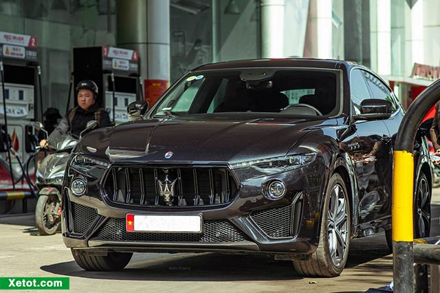 2 8 - Chi tiết xe Maserati Levante Trofeo 2021 kèm giá bán (04/2021)