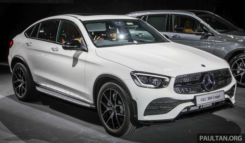 4 15 - Đánh giá xe Mercedes GLC 300 Coupe 2021 kèm giá bán (04/2021)