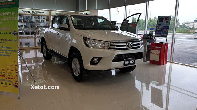 5 15 - Chi tiết xe Toyota Hilux 2.4 4x4 MT 2021 - Xe số sàn hai cầu chinh phục mọi địa hình