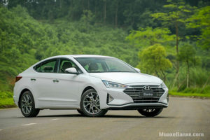 6 14 300x200 - Chi tiết xe Hyundai Elantra 2.0 AT 2021, Đủ sức cạnh tranh phân khúc C?