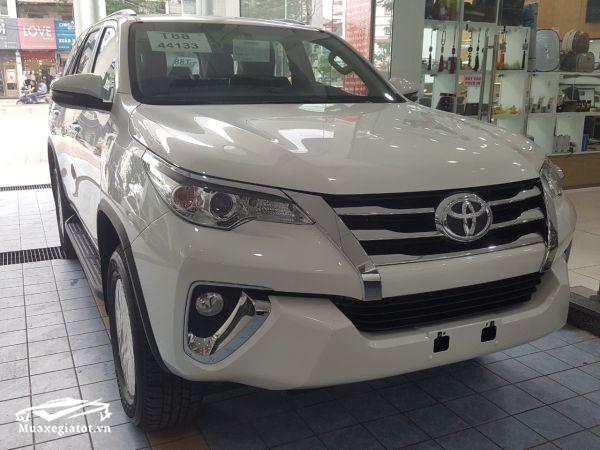 9 7 - Chi tiết Toyota Fortuner 2.4AT 4x2 2021 máy dầu số tự động - mạnh mẽ và tiện lợi, giá bán cạnh tranh