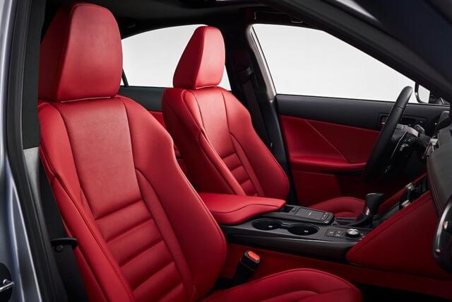 Lexus IS300h 2021 ghe truoc - Đánh giá xe Lexus IS 300h 2021 - Mẫu sedan hạng sang cỡ vừa đậm chất thể thao