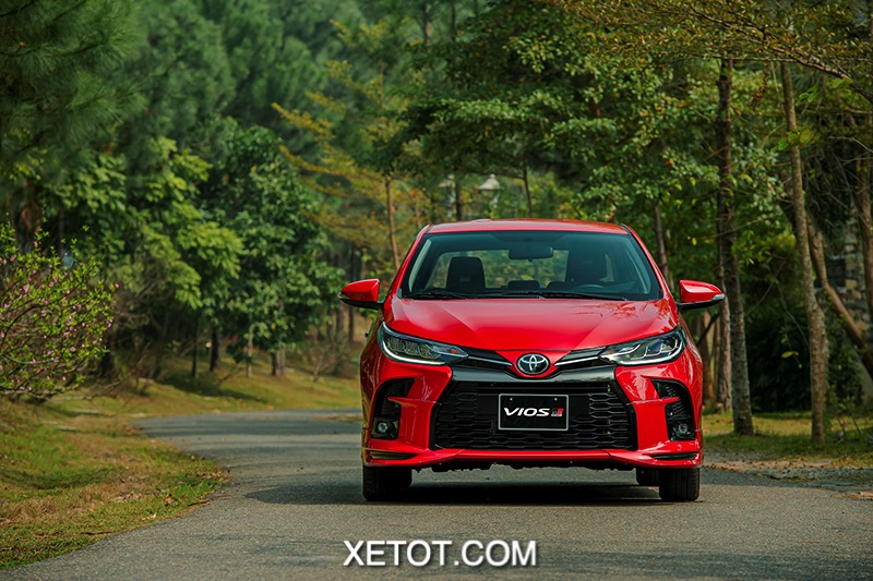 Dau xe Toyota Vios GR S 2021 xetot com - Chi tiết Toyota Vios GR-S 2021, Mẫu xe thể thao của Vios