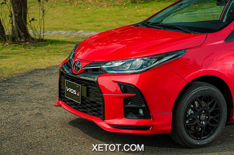 Den truoc xe Toyota Vios GR S 2021 xetot com - Chi tiết Toyota Vios GR-S 2021, Mẫu xe thể thao của Vios