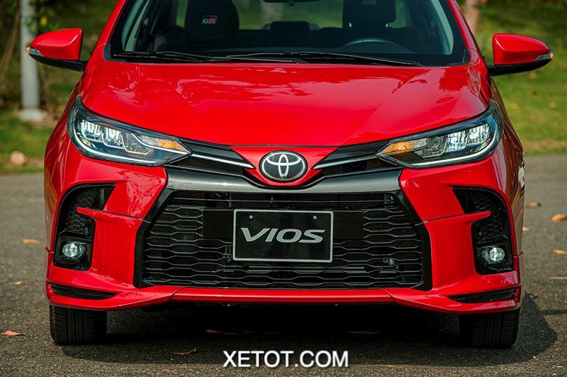 den pha xe Toyota Vios GR S 2021 xetot com - 5 lý do tại sao không nên mua xe Toyota Vios