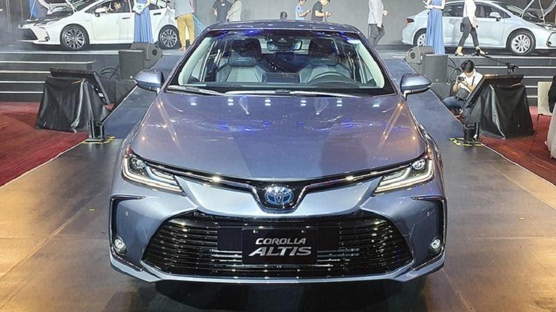 Toyota Corolla Altis 2021 sắp ra mắt và tham vọng lật đổ Mazda3