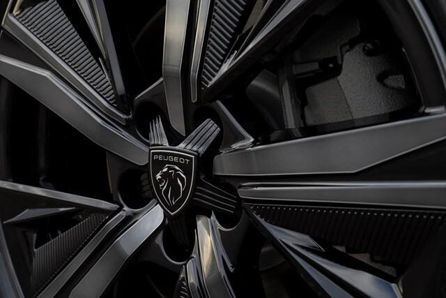 Peugeot 308 2022 can canh la zang Giaxehoi vn 640x427 1 - Đánh giá Peugeot 308 2022 – Đối thủ đáng gờm của Honda Civic Type RS