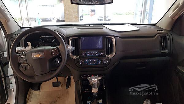 Nội thất xe bán tải Chevrolet Colorado 2018