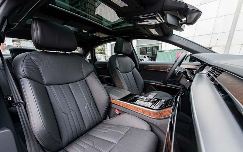 ghe xe Audi A8L Nhap tu nhan gia 7 ty Xetot com - Audi A8L 2021 nhập khẩu tư nhân về Việt Nam, giá gần 7 tỷ đồng