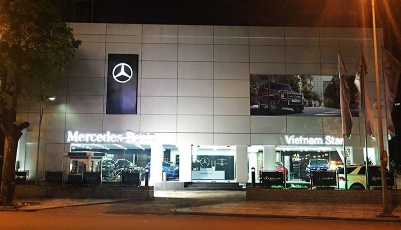 mat tien dai ly mercedes benz viet nam star quan long bien ha noi muaxegiatot vn - Top 5 đại lý Mercedes-Benz chính hãng uy tín nhất Hà Nội
