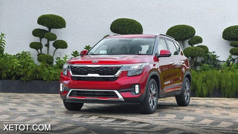 gia xe kia seltos 2020 2021 xetot com 1 - Trong tay hơn 600 triệu nên chọn Mazda CX-3 hay Kia Seltos?
