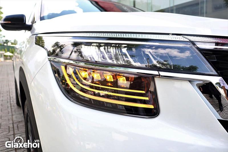 den xe kia seltos 16 premium 2021 2022 giaxehoi vn - So sánh các phiên bản Kia Seltos 2022? Nên chọn mua bản nào tốt nhất?