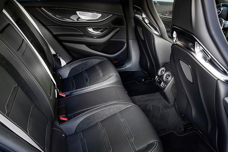 ghe sau mercedes amg gt 63 s 2022 muaxegiatot vn - Mercedes-AMG GT 63 S 2022 giá 12,2 tỷ đồng: Sức mạnh động cơ đáng kinh ngạc