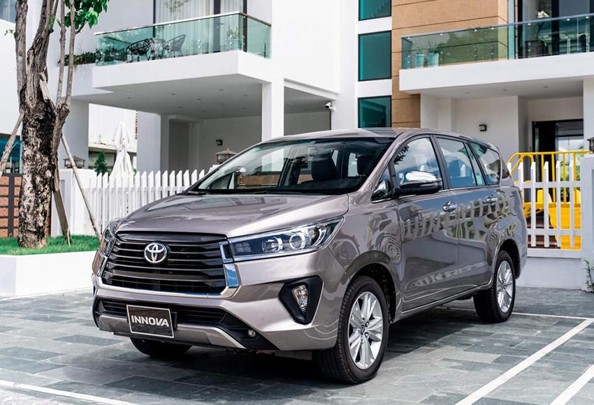 gia xe innova 2021 2022 xetot com - Top 5 mẫu xe 7 chỗ được tìm kiếm nhiều nhất: Trải dài từ phân khúc bình dân tới trung bình