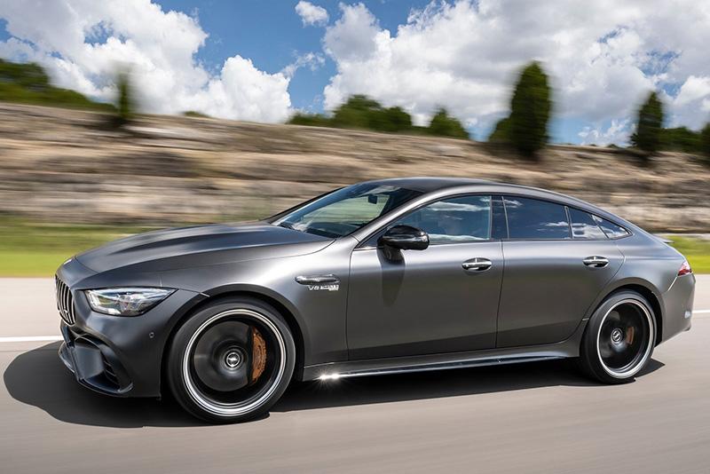 van hanh xe mercedes amg gt 63 s 2022 muaxegiatot vn - Mercedes-AMG GT 63 S 2022 giá 12,2 tỷ đồng: Sức mạnh động cơ đáng kinh ngạc