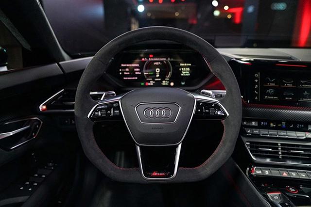 vo lang Audi e tron GT 2022 ra mat thai lan muaxegiatot vn - Xe điện Audi e-tron GT 2022 chính hãng mới về Việt Nam, đối đầu Taycan