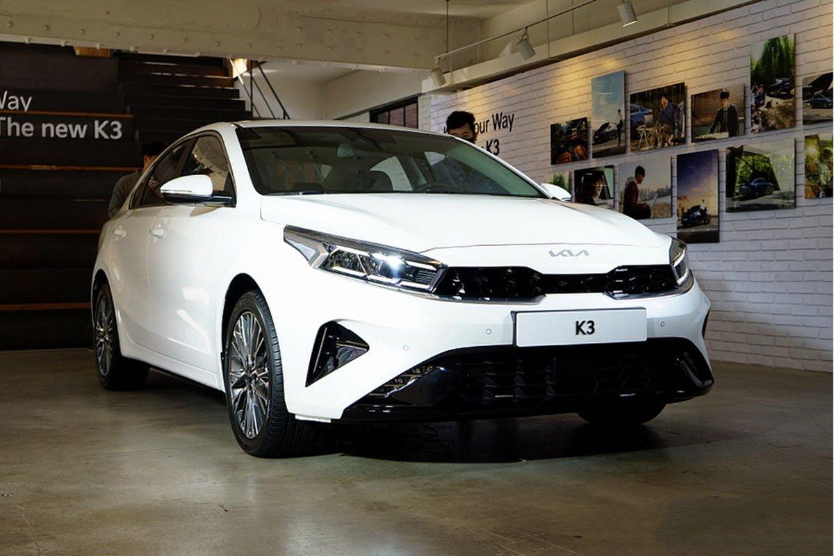 danh gia xe kia k3 2022 muaxegiatot vn 1 6fd8 - So sánh Kia K3 và Mazda 3: Đâu là sự lựa chọn tốt?