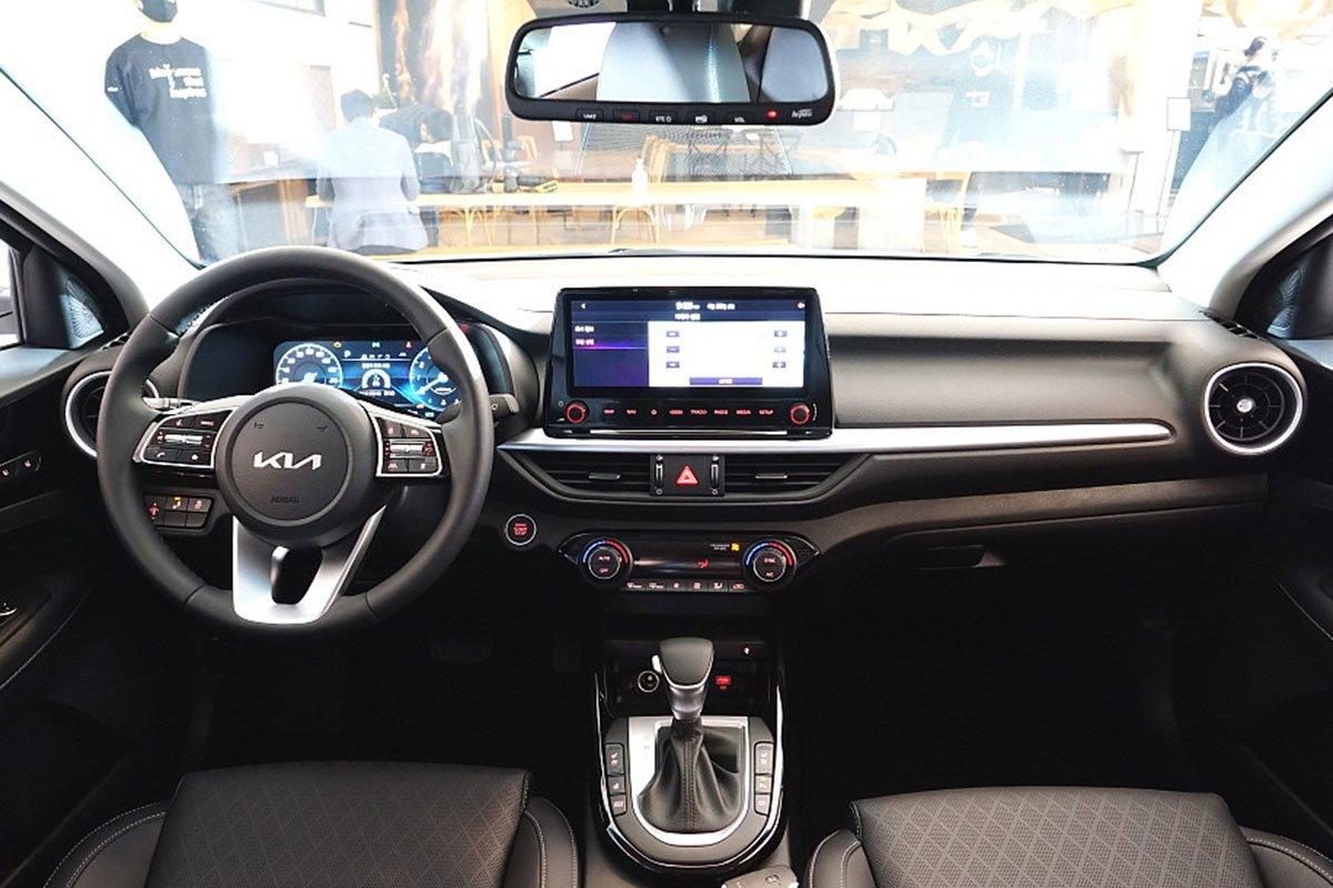 danh gia xe kia k3 2022 muaxegiatot vn 10 c67c - So sánh Kia K3 và Mazda 3: Đâu là sự lựa chọn tốt?