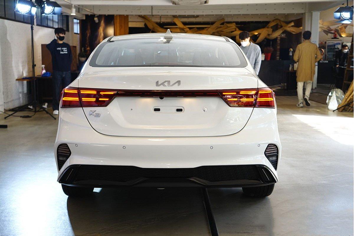 danh gia xe kia k3 2022 muaxegiatot vn 5 7f5f - So sánh Kia K3 và Mazda 3: Đâu là sự lựa chọn tốt?